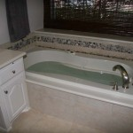 The new air-jet whirlpool tub